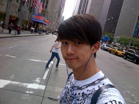 'Bat bai' 6 kieu selfie quen thuoc cua my nam Han - Anh 1