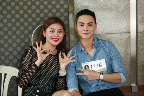 Bat ngo lo dien ban trai 'soai ca' cua Chung Huyen Thanh - Anh 4