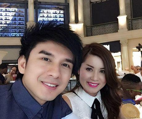 Vo Dan Truong khoe bung bau nhung thang giua thai ky - Anh 5