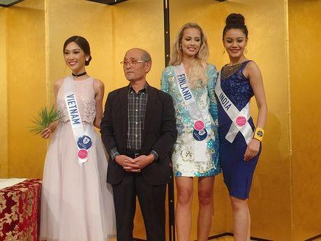 Phuong Linh dem 'dua tram huong' den voi Hoa hau Quoc te 2016 - Anh 9