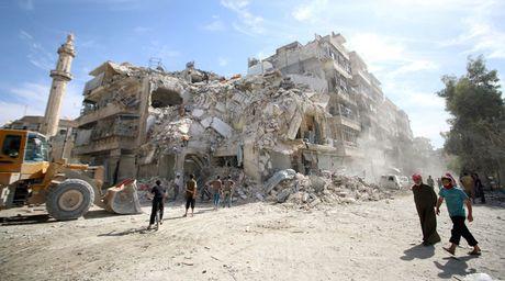 Nga va Syria nhat tri ve thoa thuan ngung ban 8 tieng tai Aleppo vao 20-10 - Anh 1