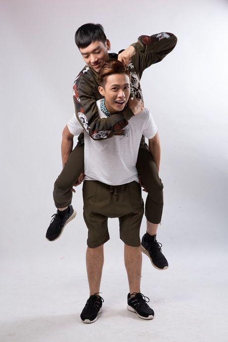 Cap doi dong tinh trai long ve vai dien gay chu y trong 'Sai Gon anh yeu em' - Anh 5