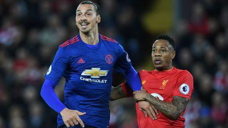 Liverpool luon la con ac mong voi Ibrahimovic - Anh 1