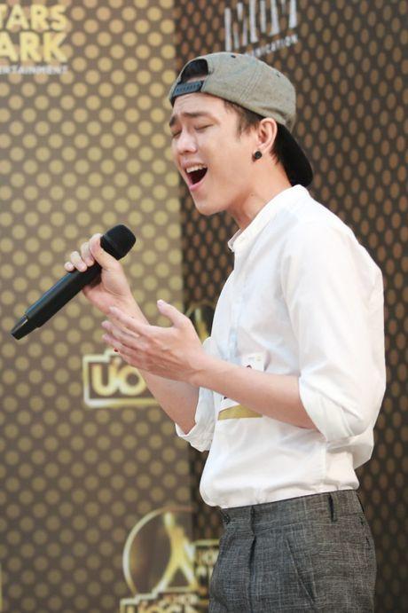 Chung Huyen Thanh ho tong ban trai hot boy di casting show am nhac - Anh 18