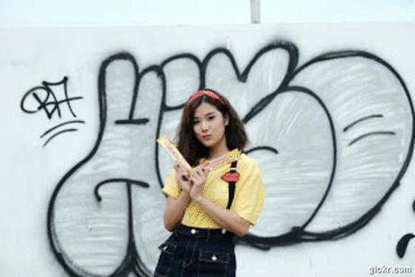 Hoang Yen Chibi nhi nhanh tai hau truong quay clip Dance moi - Anh 2