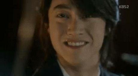 Moonlight: 'Kim huynh' suyt 'di ban muoi' da vut day hoi sinh tren Instagram - Anh 6