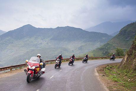 Xem Honda Winner 150 chinh phuc cuc Tay - Anh 4