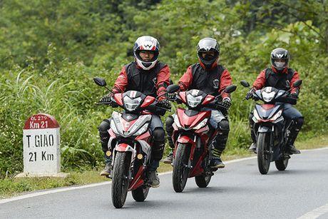 Xem Honda Winner 150 chinh phuc cuc Tay - Anh 7