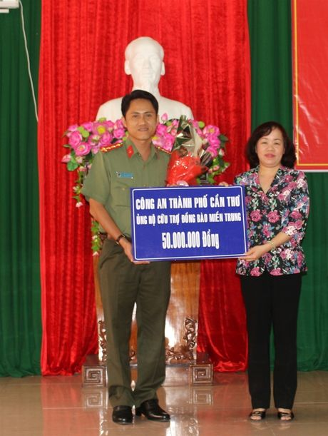 Can Tho: 3 ty dong ung ho dong bao mien Trung - Anh 2
