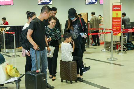 Ho Ngoc Ha dan con trai Subeo ve que tham nguoi dan vung lu - Anh 3