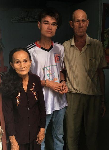 Chuyen tinh ky la cua vo Viet, chong Tay ban ve so - Anh 4