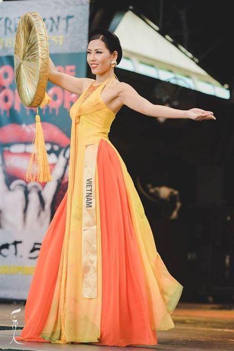 Nhung bo quoc phuc long lay nhat Miss Grand International 2016 - Anh 1