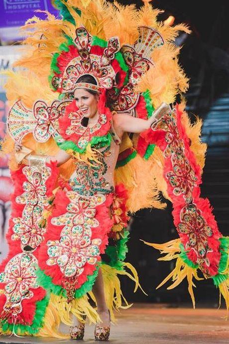 Nhung bo quoc phuc long lay nhat Miss Grand International 2016 - Anh 6