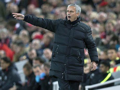 Hoa Liverpool, Mourinho va Man United thuc su deu that bai - Anh 4
