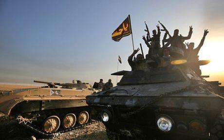 Toan canh ngay dau quan doi Iraq cong pha thanh tri IS o Mosul - Anh 1