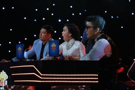 Viet Huong bat khoc truoc tiet muc 'bat chap tinh mang' - Anh 3