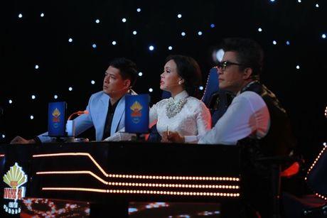 Viet Huong bat khoc truoc tiet muc 'bat chap tinh mang' - Anh 4