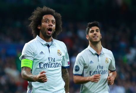Cho nghiep vu bao vay san Bernabeu, Real de bep Legia trong ngay Ronaldo tit ngoi - Anh 5
