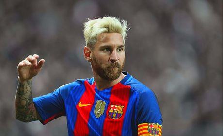 Pep lai hy vong Messi se chuyen den Man City - Anh 1