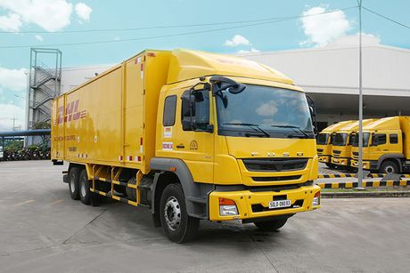 Fuso Fighter FJ 24 gia 1,2 ty gia nhap DHL Supply Chain - Anh 4