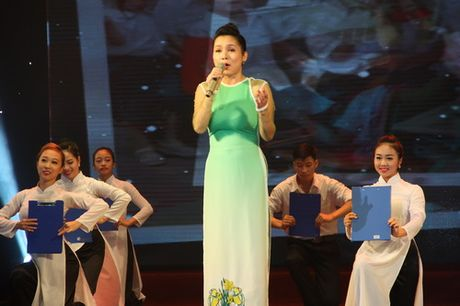 Nhung tam guong tieu bieu cho khat vong doi moi - Anh 9