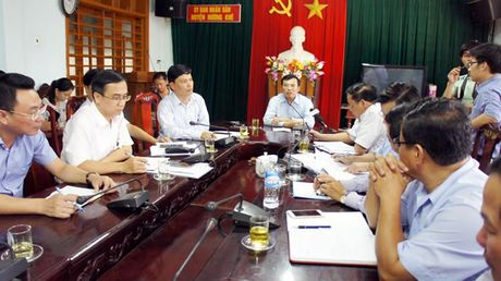 Thu truong Bo Cong Thuong Hoang Quoc Vuong: Quy trinh xa lu cua thuy dien Ho Ho chua nghiem ngat - Anh 1