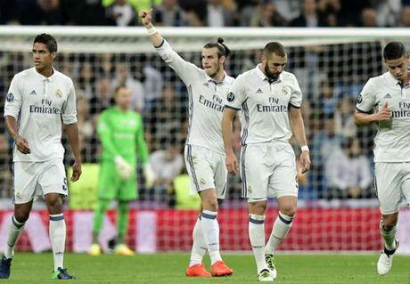 Ronaldo lap cu dup kien tao, Real Madrid huy diet Legia Warszawa - Anh 1