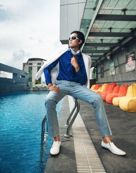 "Nhung ""nam than"" khong lo va dien trai o cac phien ban Top Model - Anh 19"