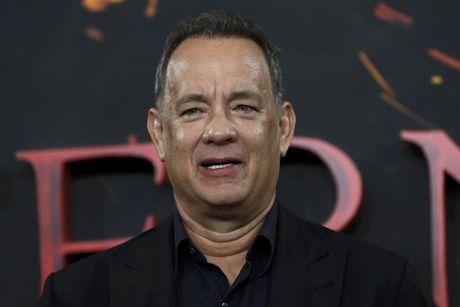 Vo chong Tom Hanks thang kien hai to bao la cai - Anh 1