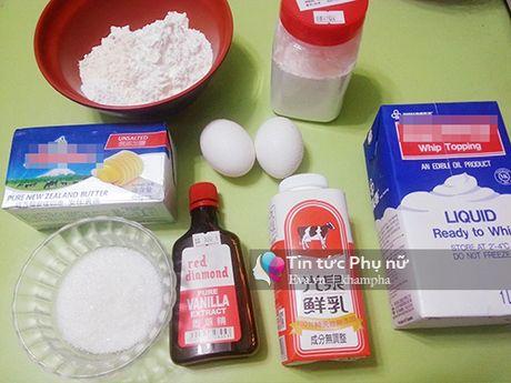 Lam banh cupcake hoa hong tang me 20-10 - Anh 1