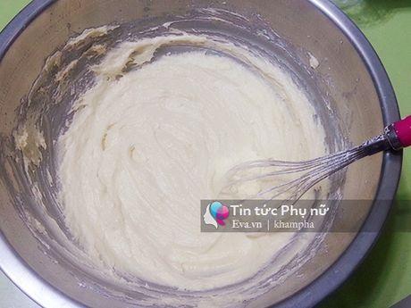 Lam banh cupcake hoa hong tang me 20-10 - Anh 3