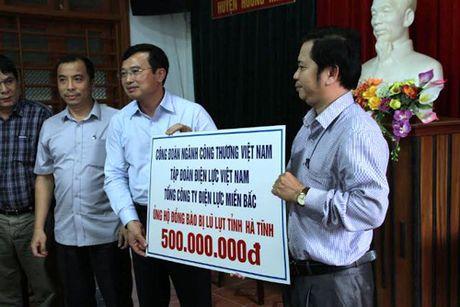 Ha Tinh: Thuy dien Ho Ho chua phoi hop chat che voi dia phuong trong viec xa lu - Anh 4