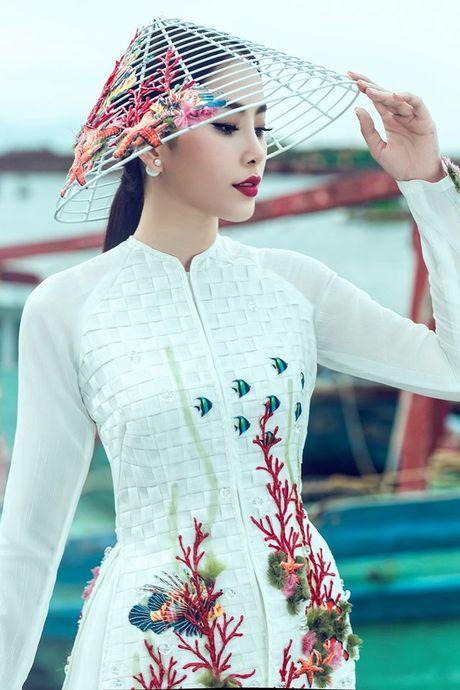 Nam Em gianh giai Bac trong phan thi Tai nang tai Hoa hau Trai Dat 2016 - Anh 3