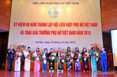 Hoi LHPN Viet Nam to chuc le ky niem 86 nam thanh lap - Anh 3