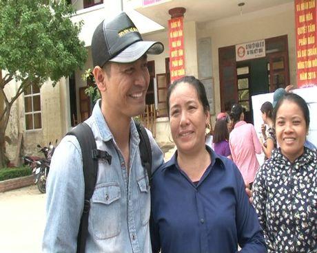 MC Phan Anh: 'Doan chung em can di benh vien gap...' - Anh 2