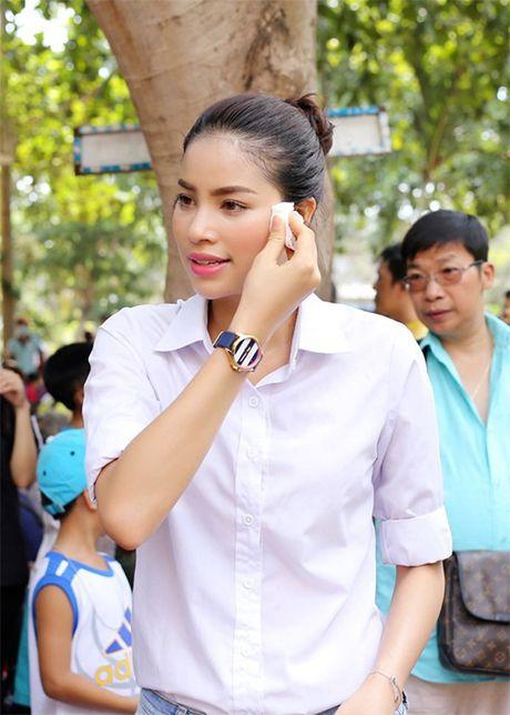 Pham Huong, Thu Thao: Da dep roi thi mac style don gian den may cung la dinh cao nhan sac - Anh 10