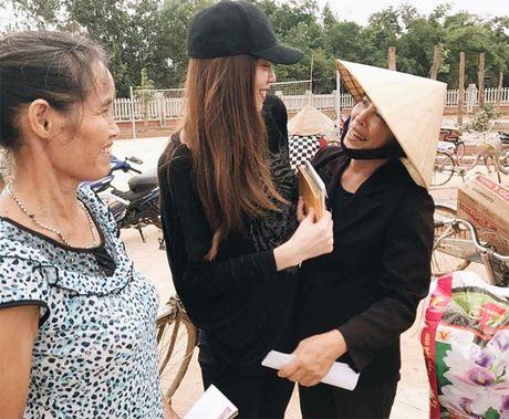 Pham Huong, Thu Thao: Da dep roi thi mac style don gian den may cung la dinh cao nhan sac - Anh 3