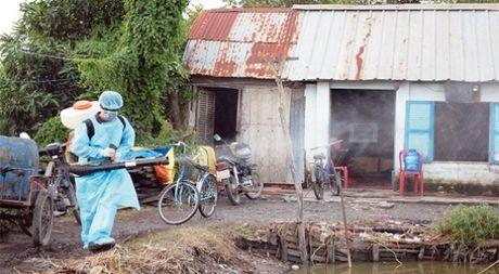 Bi thu Thang: Thanh pho van minh khong the dan dau ca nuoc ve dich benh Zika - Anh 1