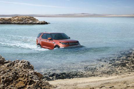 7 tinh nang khien nguoi lai me man Land Rover Discovery 2017 - Anh 3
