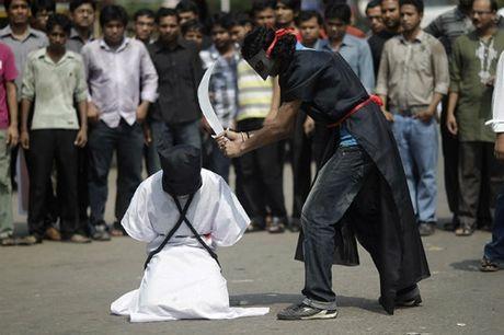 Hoang tu Saudi Arabia bi hanh quyet - Anh 1