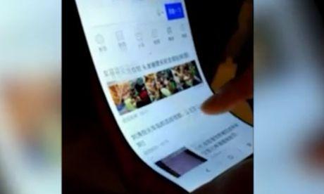 Lo dien thoai man hinh be cong la, nghi la mau thu cua Xiaomi - Anh 1