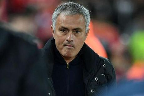 Phat ngon thieu suy nghi, Mourinho doi dien voi an phat tu FA - Anh 1