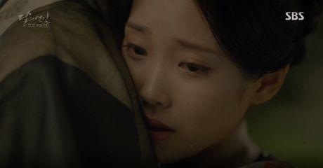 Moon Lovers: 'Muoi' Baekhyun chinh thuc nhan cat-xe ve nha! - Anh 15
