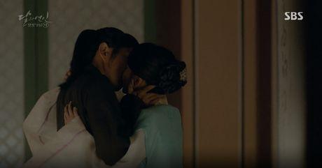 Moon Lovers: 'Muoi' Baekhyun chinh thuc nhan cat-xe ve nha! - Anh 18