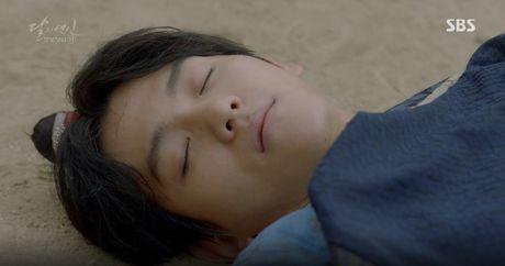 Moon Lovers: 'Muoi' Baekhyun chinh thuc nhan cat-xe ve nha! - Anh 8