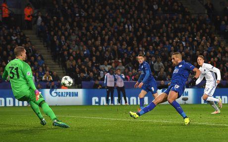 Thang tran thu 3, Leicester viet tiep co tich o chau Au - Anh 2