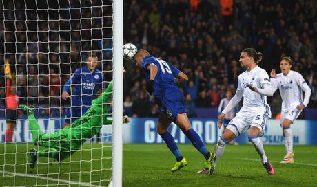 Thang tran thu 3, Leicester viet tiep co tich o chau Au - Anh 4