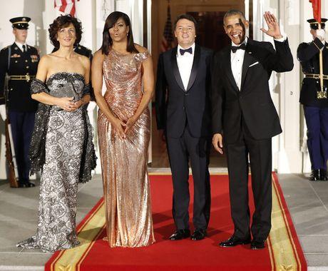 Tong thong Obama ngam ngui trong quoc yen cuoi cung - Anh 1