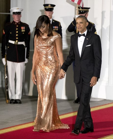 Tong thong Obama ngam ngui trong quoc yen cuoi cung - Anh 2