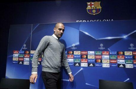 Guardiola: 'Biet dau mot ngay nao do Messi se muon con cai hoc tieng Anh...' - Anh 1